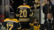 Малък фен показва класа на хокеен мач