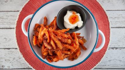 Пържени сладки картофи със сметанов сос | Джъстин Скофийлд | 24Kitchen Bulgaria