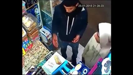 Най-глупавият крадец в Мароко!