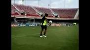 Ronaldinho - Уцели Гредата (Дълга версия)
