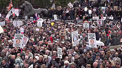 UK: Protesters pack Trafalgar Square to decry new coronavirus restrictions