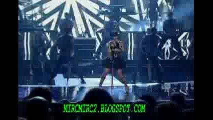 Rihanna Ft Jay - Z - Umbrella (live)