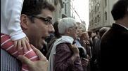 Как няколко човека събират цяла тълпа и изпълняват ода на радостта!