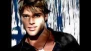 Ricky Martin - She Bangs 2000 (бг Превод)