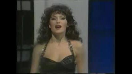 Ceca - Devojko Vestice