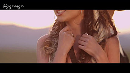 Emil Lassaria And Caitlyn - El Calor ( Official Music Video )