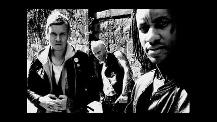 The Prodigy - Thunder (moozeblaster Remix)