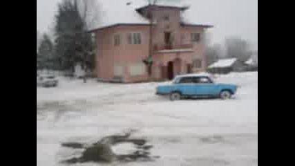 Лада В Сняг
