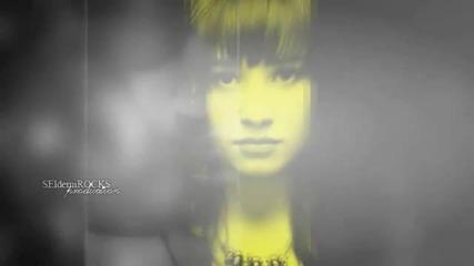 Demi Lovato ; cry me a river