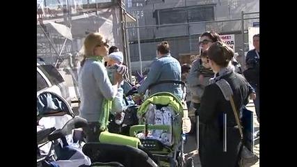 Протести на майки в цялата страна
