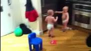 Бебета си говорят 'като хора'