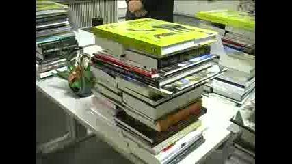 Пловдив чете дари книги на библиотеките в града
