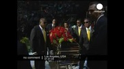 Прощаването с Джакo: Церемонията в Стейпълс център. Най - после покой за Майкъл Джексън