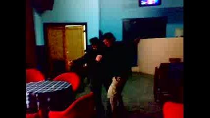 dqdo se razbava v diskoteka v selo kalugerovo