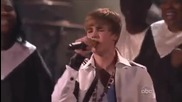 Justin Bieber пее Pray на живо на Американските Музикални Награди 2010