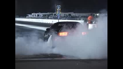 Форд Мустанг Дига Предни Гуми!!!