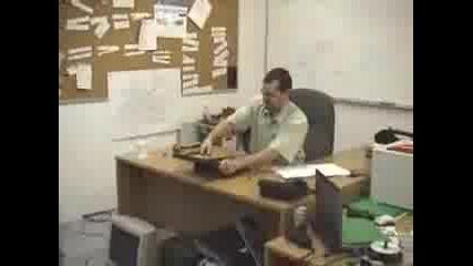 Това Се Казва Много Лош Ден(да Си Го Изкараме На Компютъра С Чук,  Ножица,  Нож)