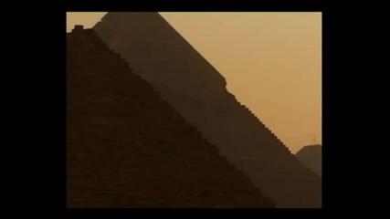 Скритите тайни на египетски пирамиди
