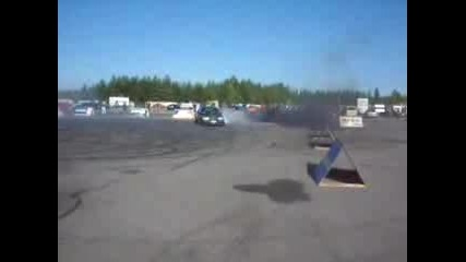 Mercedes - Benz 300 Turbo Diesel Burn Out