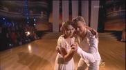 Двама танцьори успяха да просълзят публиката с много емоционален танц