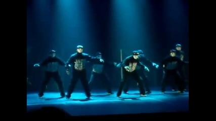 Шоуто на Jabbawockeez crew