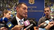 Нейков: Не трябва да допускаме други държави да ни купуват спортистите