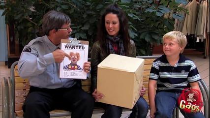 Страшен клоун в кутията - Скрита Камера