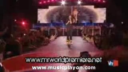 Justin Bieber - Baby (pepsi Super Bowl fan Jam 2010)