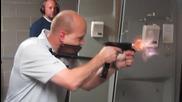 Пистолет, който стреля като картечница