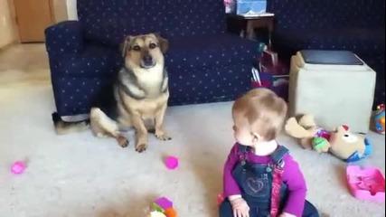 Куче балончета и бебе - смях