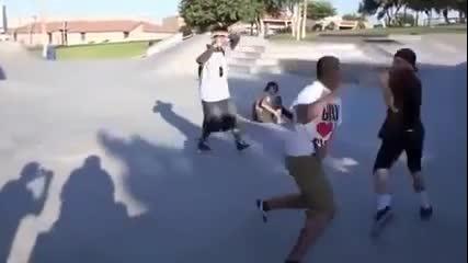 Бой на скейтъри