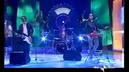 Muse се гаврят с италианско шоу ;д