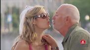 Само с целувка се лекува разбитото мъжко сърце - скрита камера