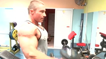 Тренировка за гърди и бицепс - 2 част