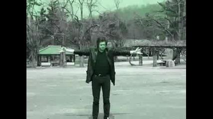 Борис Гребенщиков пее Мантри...