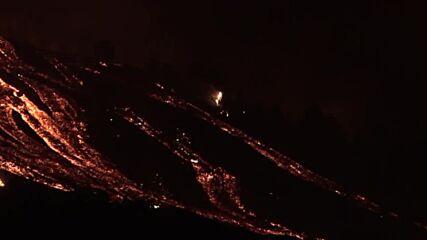 Spain: Stunning footage reveals La Palma volcano eruption