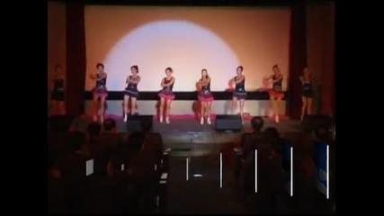 В обектива: Танцьорки от Северна Корея танцуват в Южна