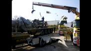 Разтоварване на оборудване за 500 тонен кран 04.04.2014