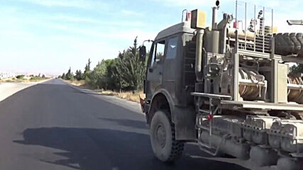 Syria: Turkish vehicles transport covered cargo amid reports of withdrawal from Morek outpost
