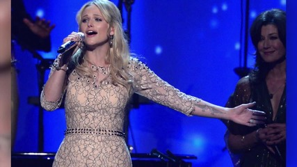 Miranda Lambert Breaks Down in Tears During a Concert Days before the Split