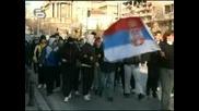 !Световен скандал!Президента, министъра и народа на Сърбия оплюват признаването на Косовската независимост отUSA,става напечено!