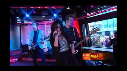 Demi Lovato - Here We Go Again - Live In Good Morning America ( Високо Качество )