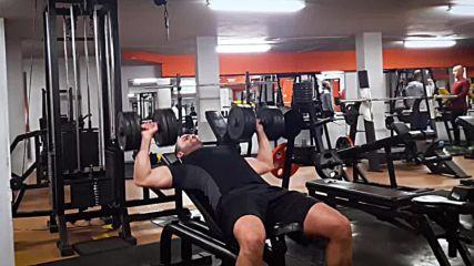 90 дневна трансформация | Изграждане на мускул, горене на мазнини | Ден 22 - Гърди, трицеп