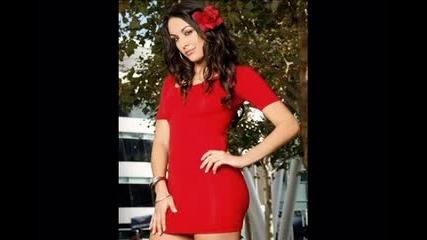 The Bella Twins - Brie Bella - Brianna Monique Garcia