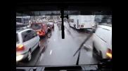 Как се дава път на пожарна кола в Холандия