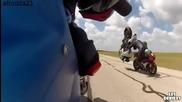 Моторист се опита да прескочи друг моторист!