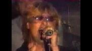 Def Leppard - Long Long Way To Go(live)