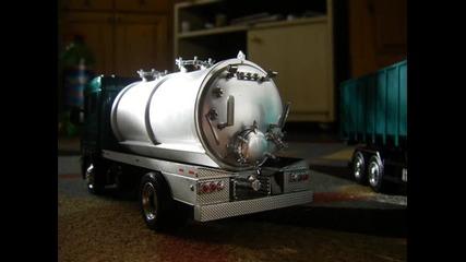 мойте камиончета мащаб 1:43