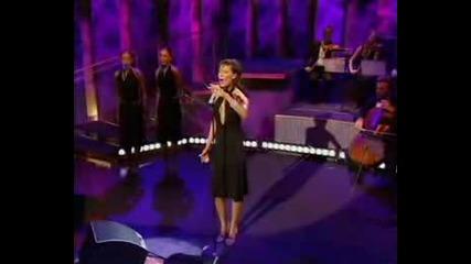 !превод! Victoria Beckham - I Owe U( Live at Parkinson Show)