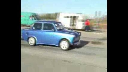 Opel Calibra Turbo Vs. Trabant 1.6 Drag Race 14 Mile